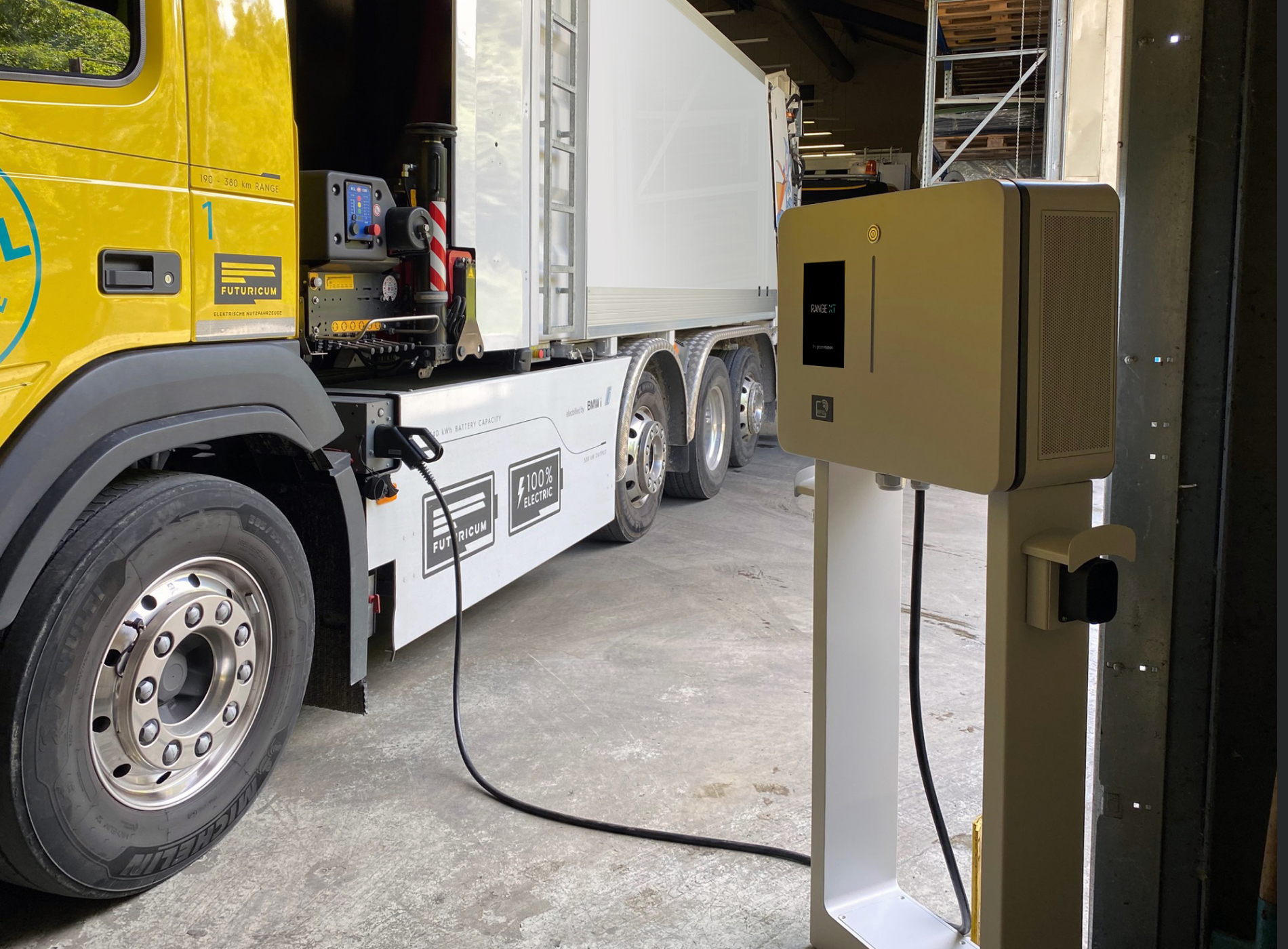 Municipal truck charging on a Green Motion charging station
