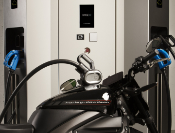 Two wheeler charging on a RANGE XT80/160