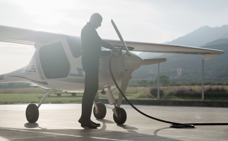 Electric plane charging